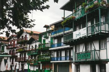 městečko Hondarribia