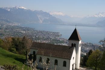 výhled na Vevey a Montreux z Mont Pelerin